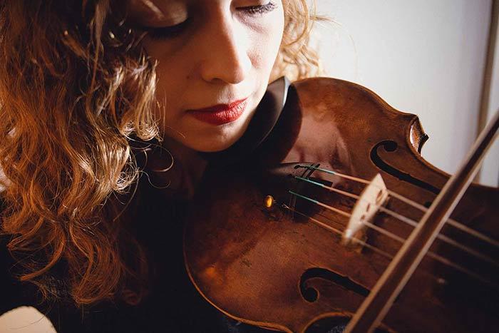 Intermediate violinist