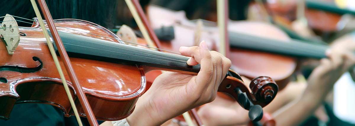violinist-practising-the-violin